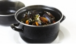 Moules Cremeuses with a Twist